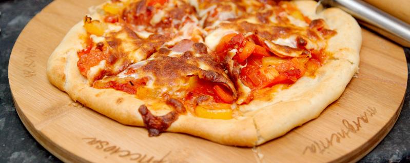ビットコインの支払いは「ピザ」が始まり