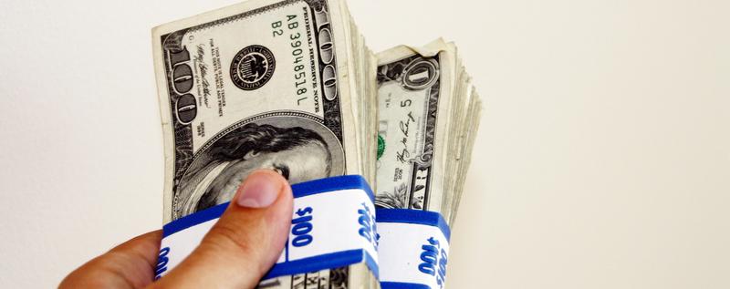 仮想通貨で儲かった場合に、買ったお金を手元に届くにはどうすれば?